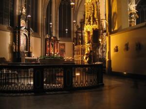 Duesseldorf_St_Lambertus_Basilica_minor_innen